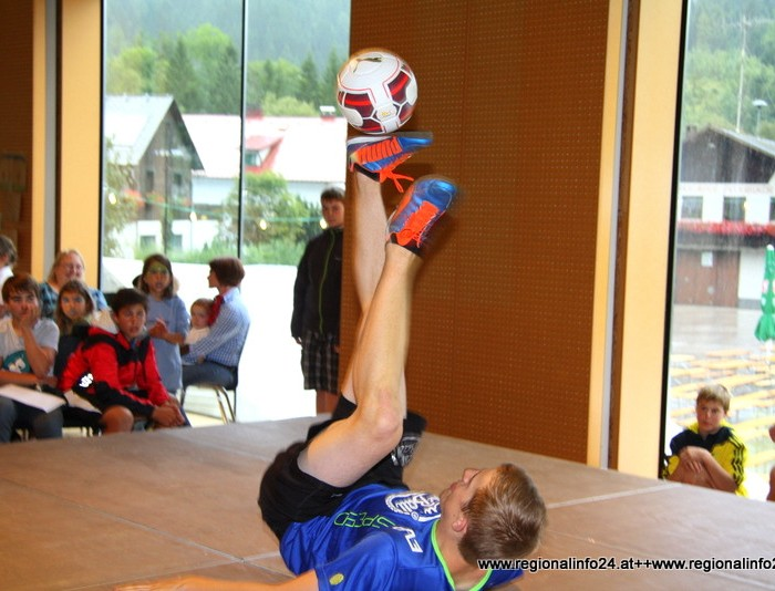 Freestyle Fußball Show in Hinterstoder