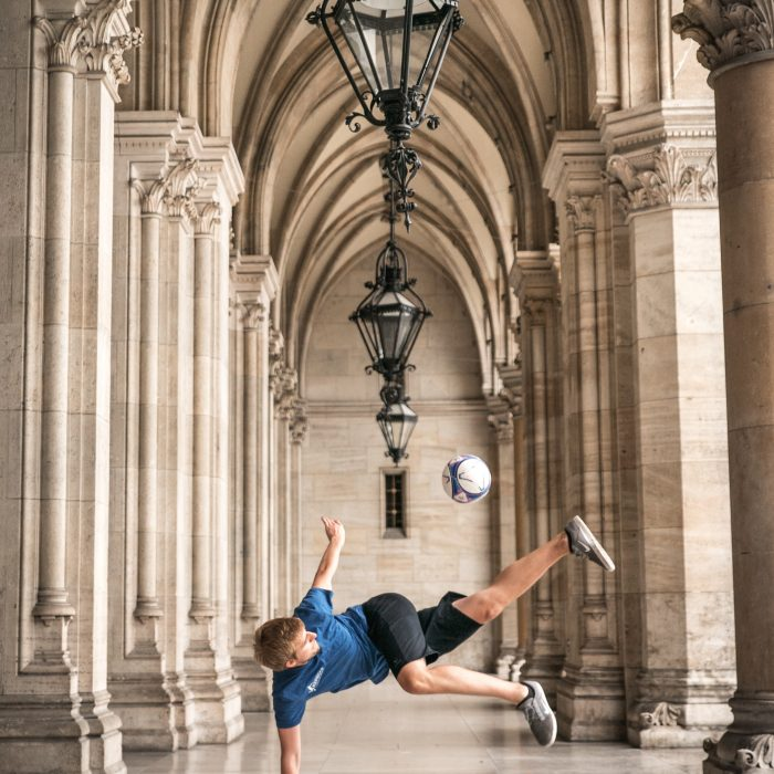 Freestyle Fußball Shooting Wiener Rathaus
